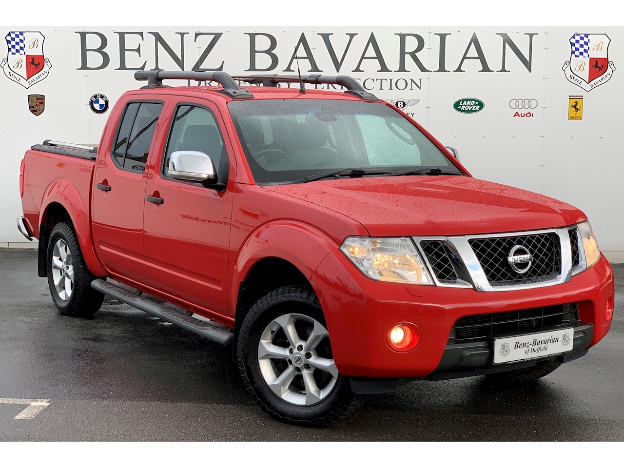 Navara Tekna Double Cab Pickup 2.5 Manual Diesel
