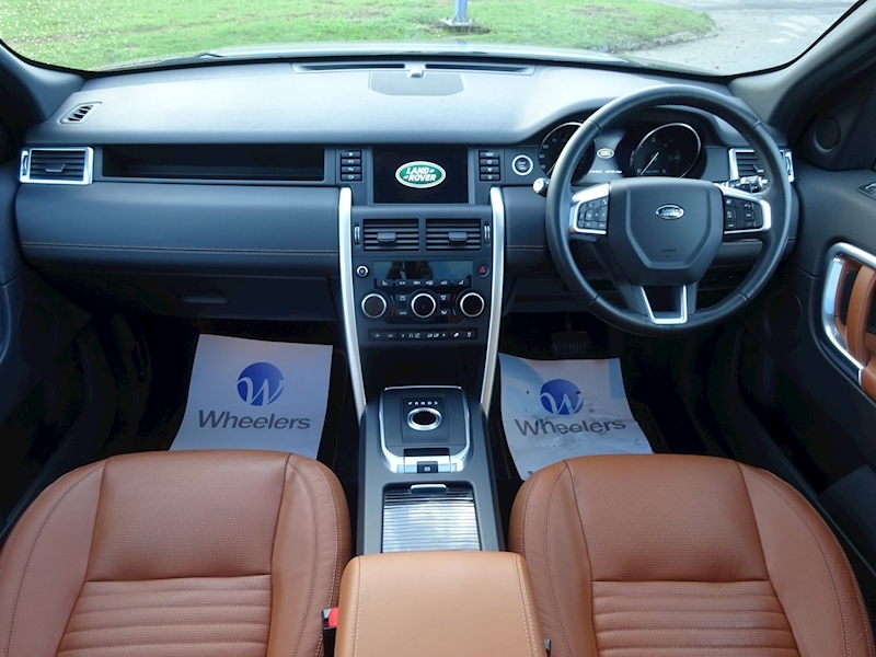 2015 Land Rover Discovery Sport - Large 4