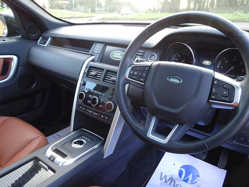 2015 Land Rover Discovery Sport - Large 11