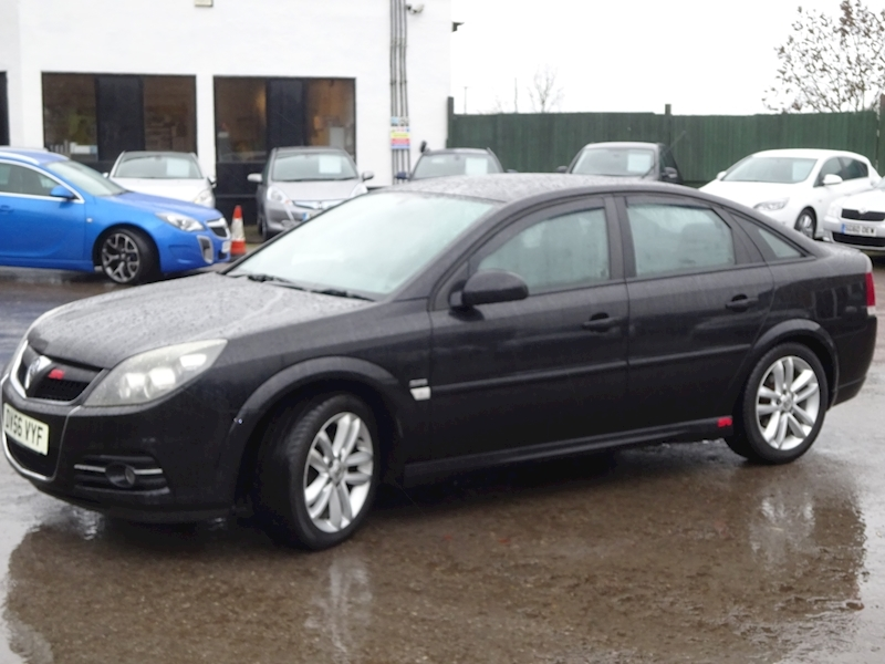 2006 Vauxhall Vectra - Large 1
