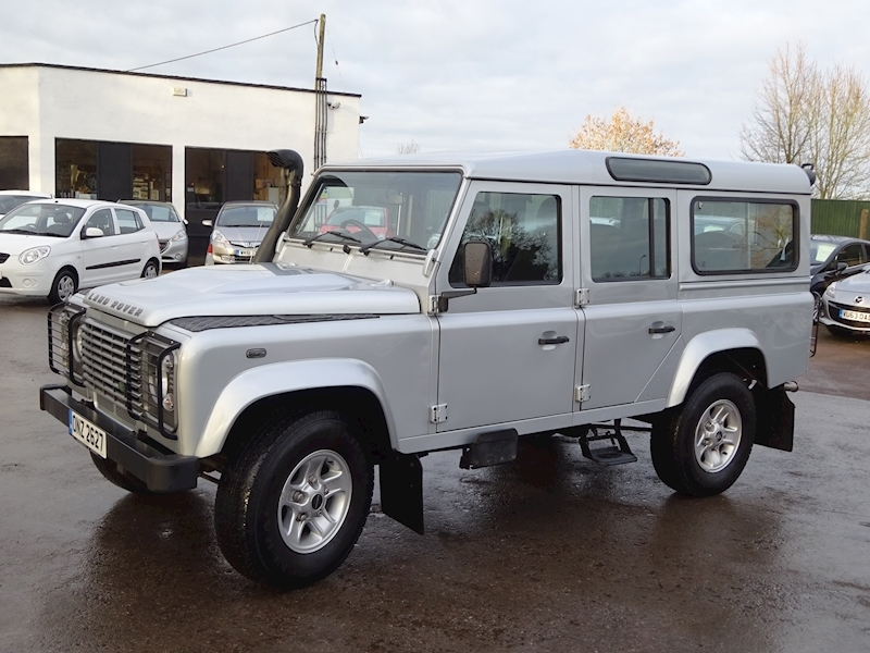 2010 Land Rover Defender - Large 1