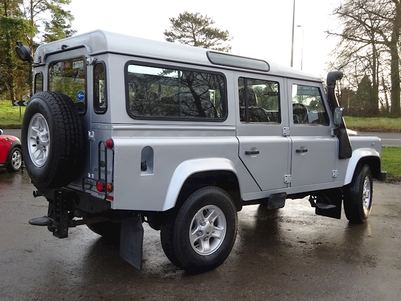 2010 Land Rover Defender - Large 3