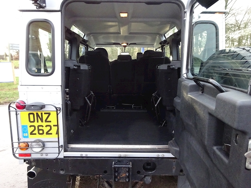 2010 Land Rover Defender - Large 10