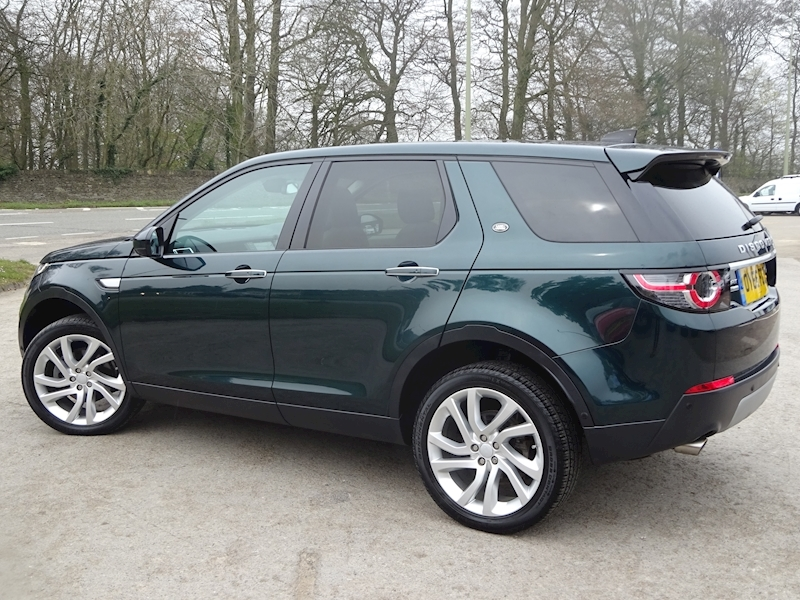2016 Land Rover Discovery Sport - Large 2