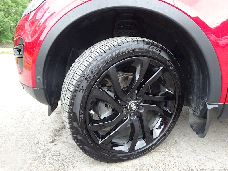 2015 Land Rover Discovery Sport - Large 8