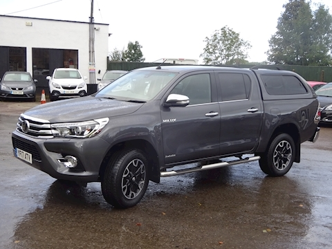Hilux Invincible X 4Wd D-4D Dcb Light 4X4 Utility 2.4 Automatic Diesel