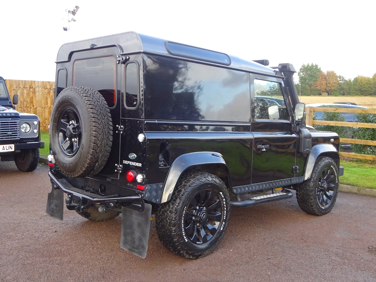 Land Rover Defender 90 Td Hard Top Xs Light 4X4 Utility 2.2 Manual Diesel