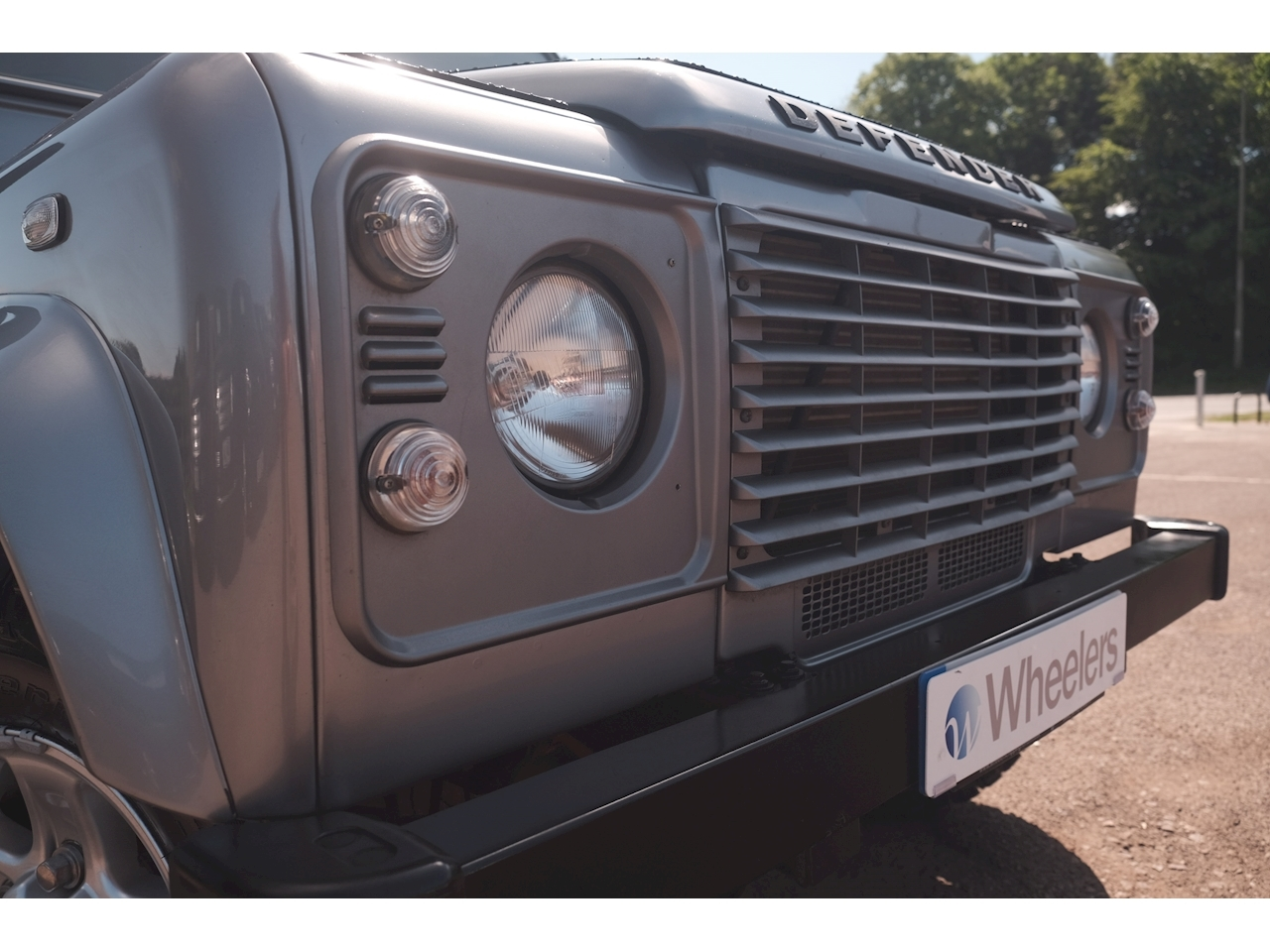 Land Rover Defender 110 County TD D/ 2.2 Light 4X4 Utility Manual Diesel
