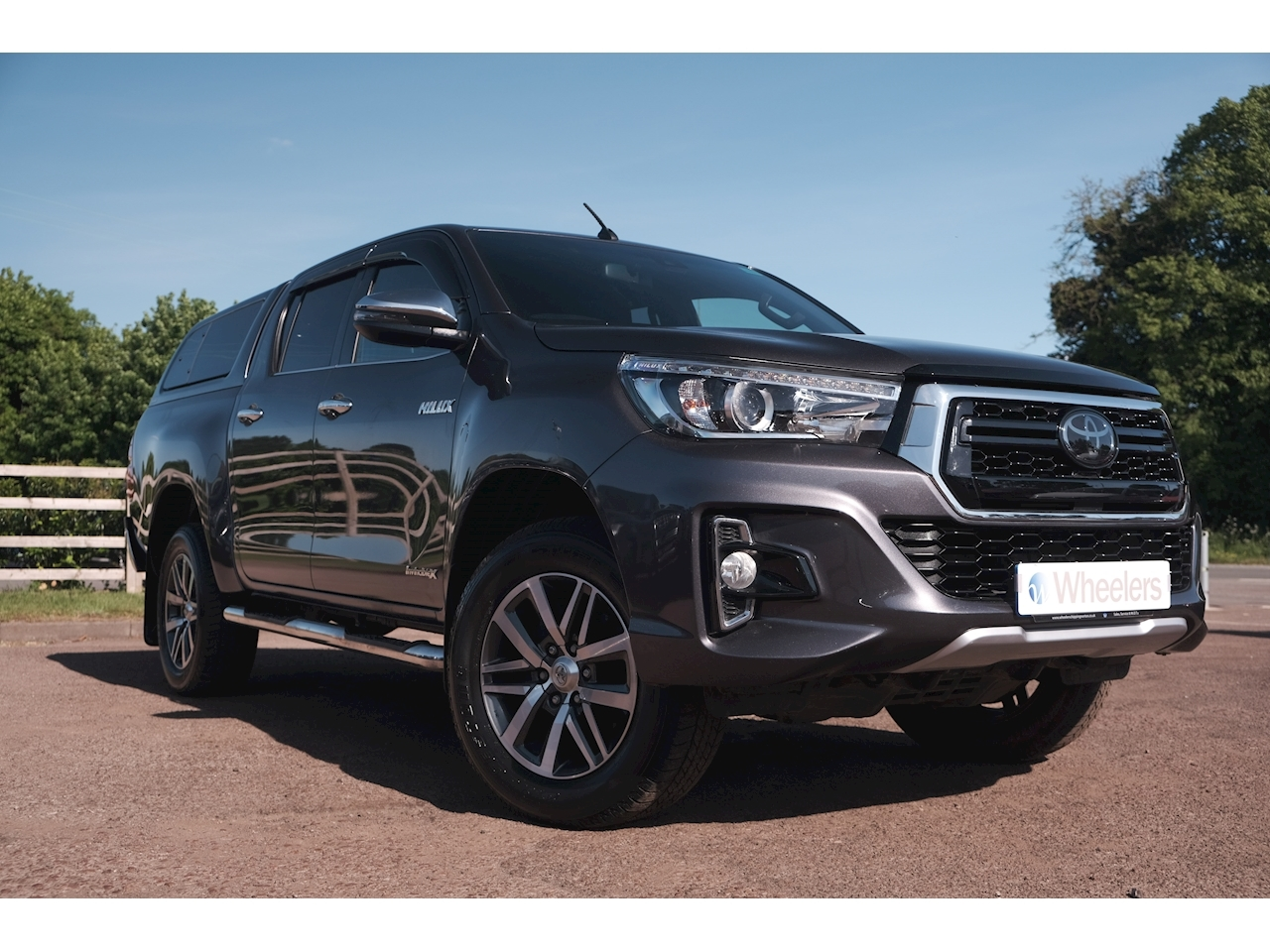 Toyota Hilux Invicible X 4Wd D-4D Dcb Light 4X4 Utility 2.4 Automatic Diesel