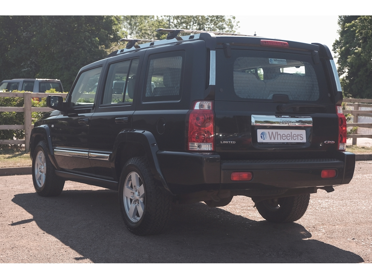 Jeep Commander Limited SUV 3 Automatic Diesel