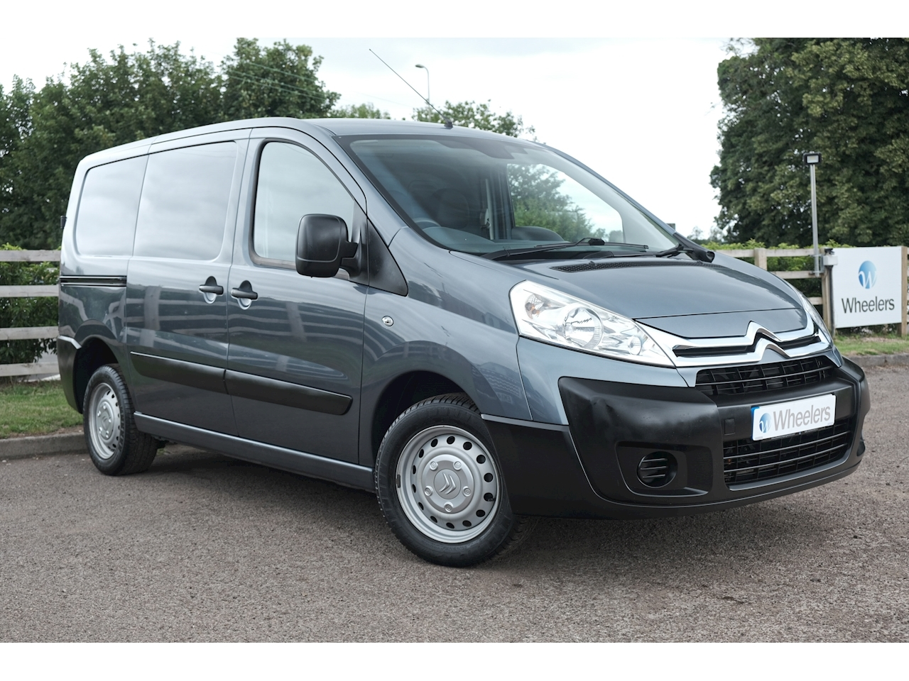 Citroen Dispatch 1000 L1H1 Enterprise Panel Van 1.6 Manual Diesel