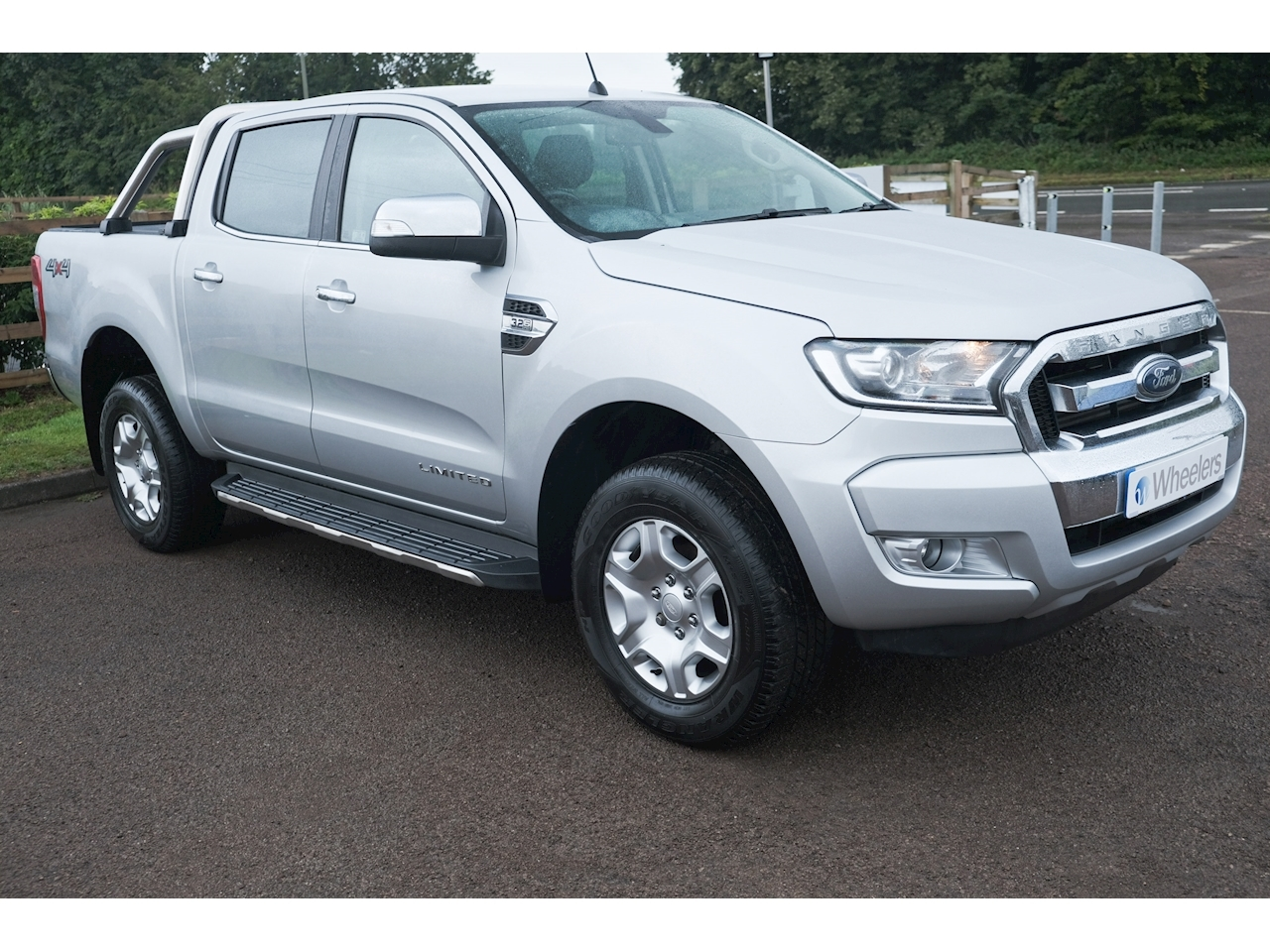 Ford Ranger Limited 4X4 Dcb Tdci Pick-Up 3.2 Manual Diesel
