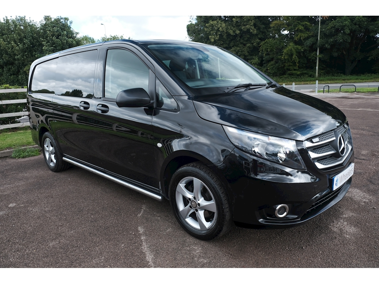 Mercedes-Benz Vito 116 Bluetec Sport Van With Side Windows 2.1 Manual Diesel