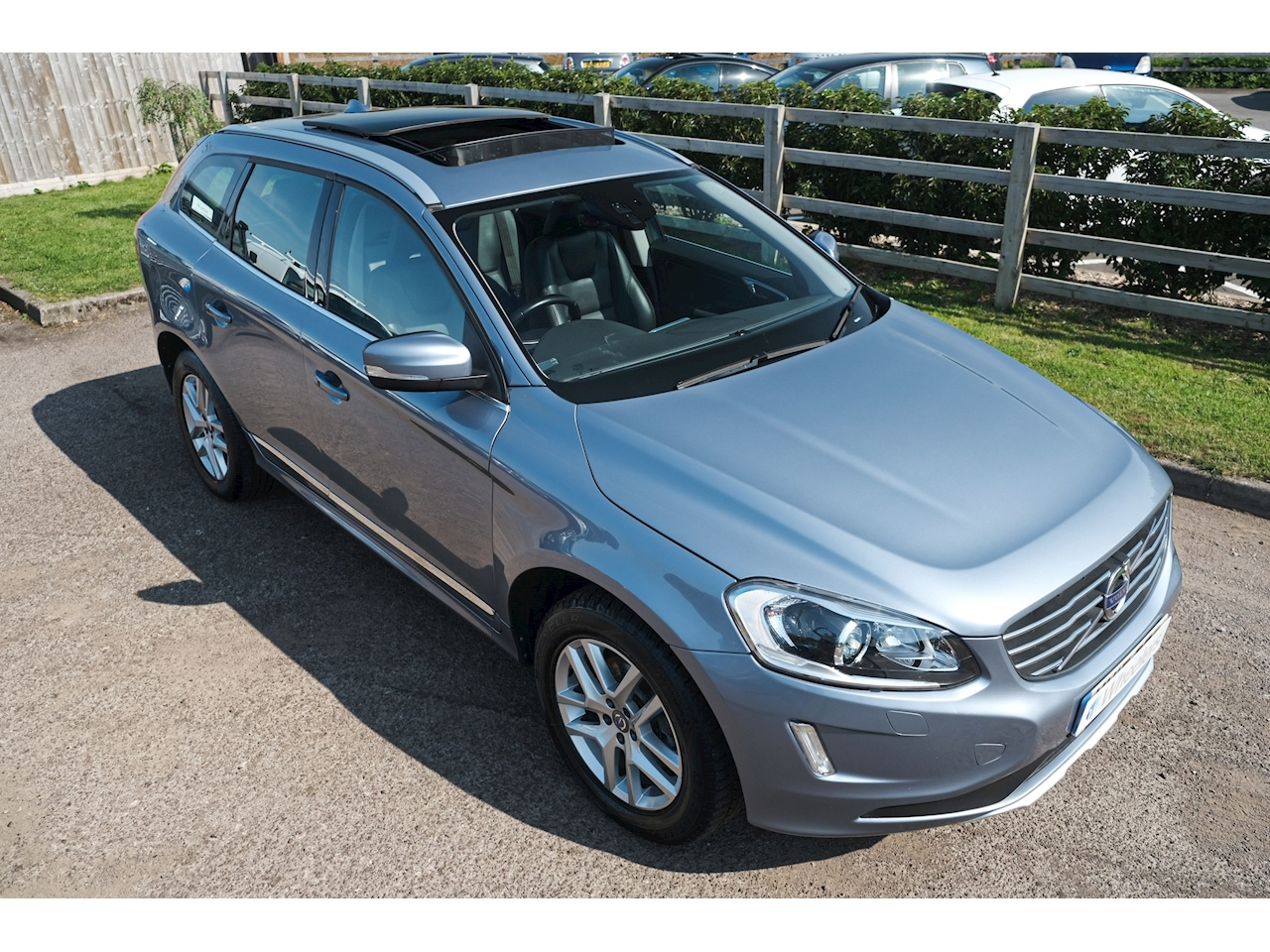 Volvo Xc60 D5 Se Lux Nav Awd Estate 2.4 Automatic Diesel