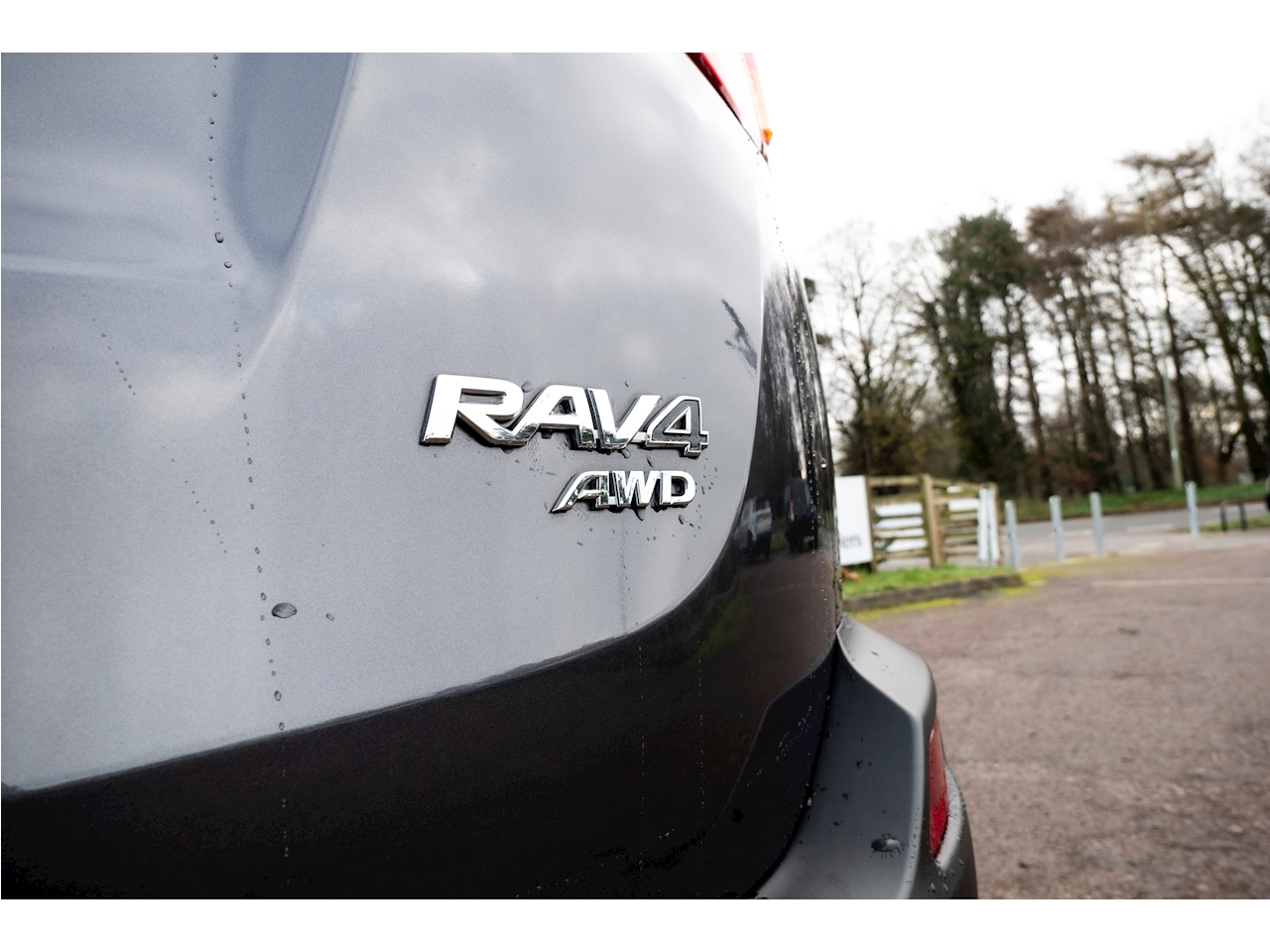 Toyota Rav4 D-4D Invincible Estate 2.2 Manual Diesel