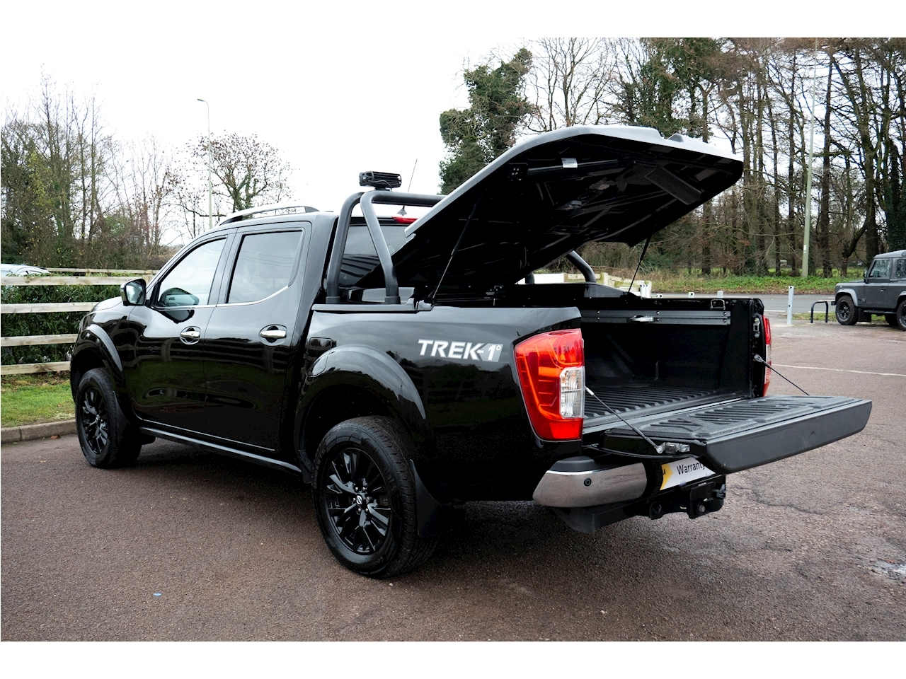 Nissan Navara Dci Trek Minus 1 4X4 Shr Dcb Pick-Up 2.3 Manual Diesel