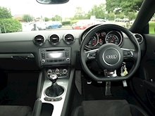 Audi Tt Tfsi Black Edition - Thumb 12