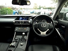 Lexus Is 300H Executive Edition - Thumb 12