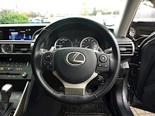 Lexus Is 300H Executive Edition - Thumb 13