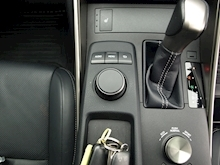 Lexus Is 300H Executive Edition - Thumb 18
