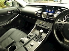 Lexus Is 300H Executive Edition - Thumb 27