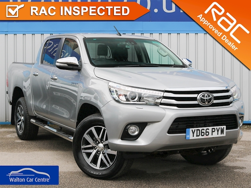 Hilux Invincible 4Wd D-4D Dcb 2.4 4dr Light 4X4 Utility Automatic Diesel