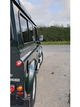 Land Rover Defender 90 - Thumb 8