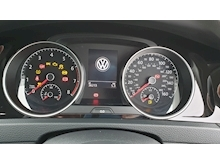 Volkswagen Golf - Thumb 17