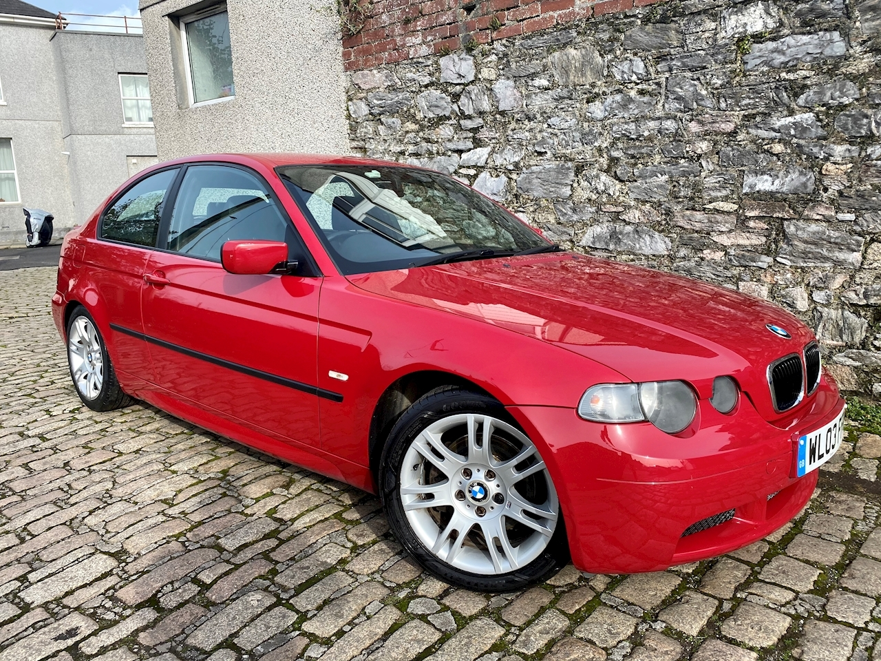 3 Series 325Ti Sport Hatchback 2.5 Manual Petrol