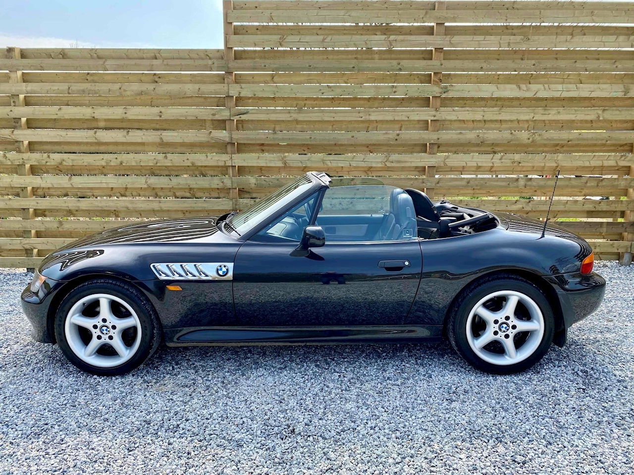 Z3 Only 48,000 Miles - Very Clean Example - Must Be Seen - Recent MOT + Full Inspection Service 1.9 2dr Convertible Manual Petrol