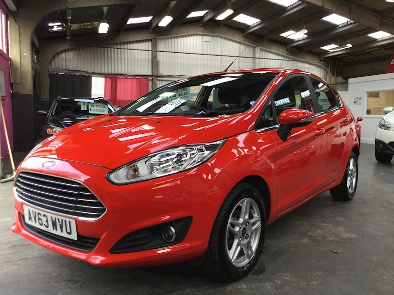 Ford Fiesta Zetec - Large 2