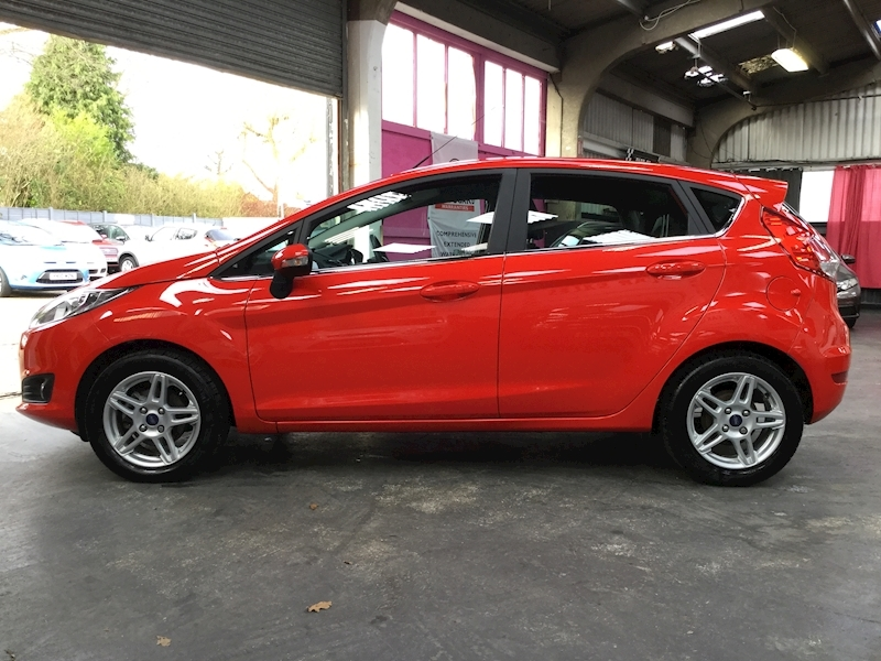 Ford Fiesta Zetec - Large 3