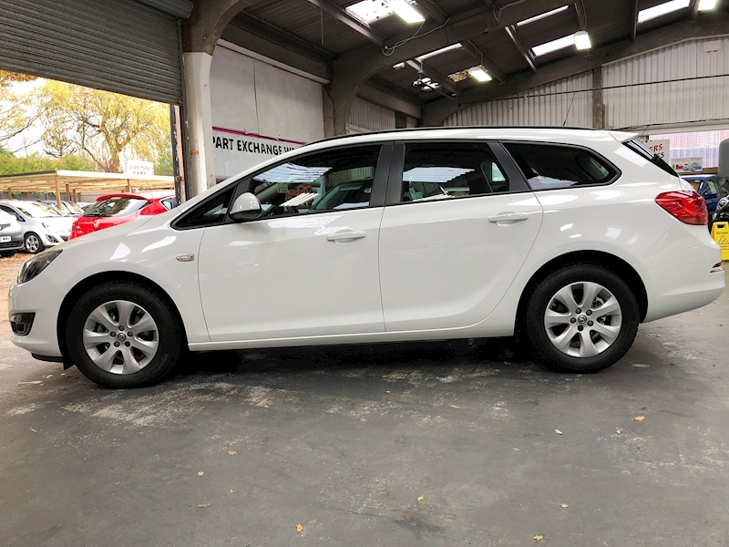 Vauxhall Astra Design - Large 3