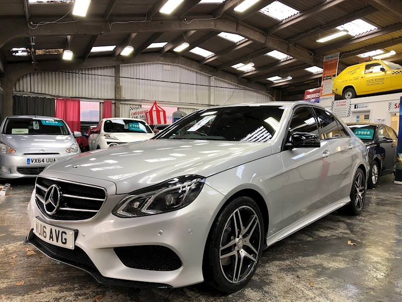 Mercedes-Benz E Class E300 Bluetec Hybrid Amg Night Edition - Large 2