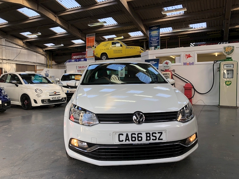 Volkswagen Polo Match Tsi - Large 1