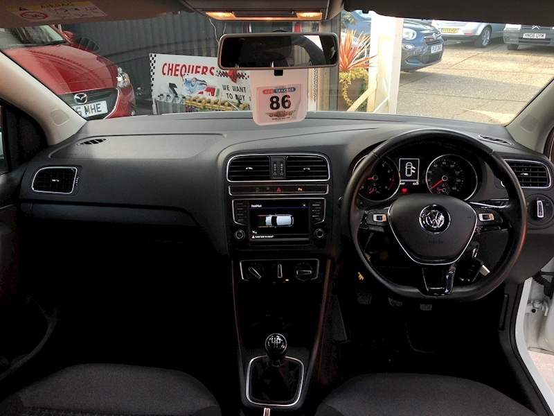 Volkswagen Polo Match Tsi - Large 9