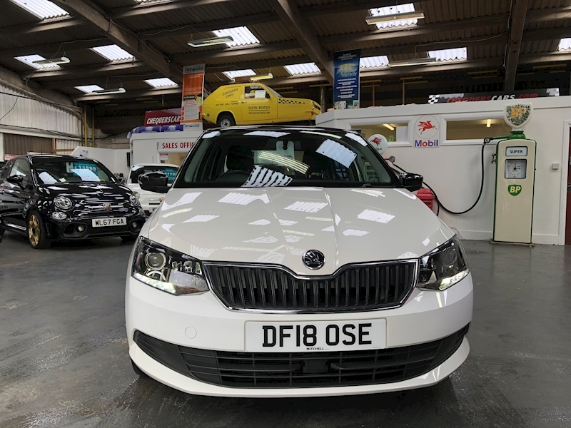 Skoda Fabia Colour Edition Tsi - Large 1