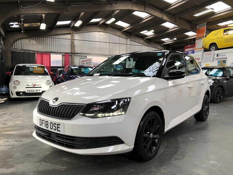 Skoda Fabia Colour Edition Tsi - Large 2