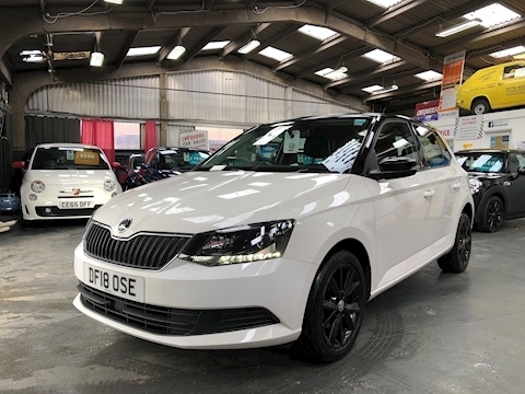 Fabia Colour Edition Tsi Hatchback 1.0 Manual Petrol