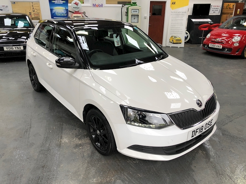Skoda Fabia Colour Edition Tsi - Large 49