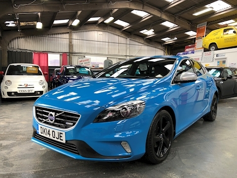 V40 D2 R-Design Lux Hatchback 1.6 Manual Diesel