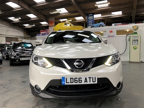 Qashqai N-Connecta Dig-T Hatchback 1.6 Manual Petrol