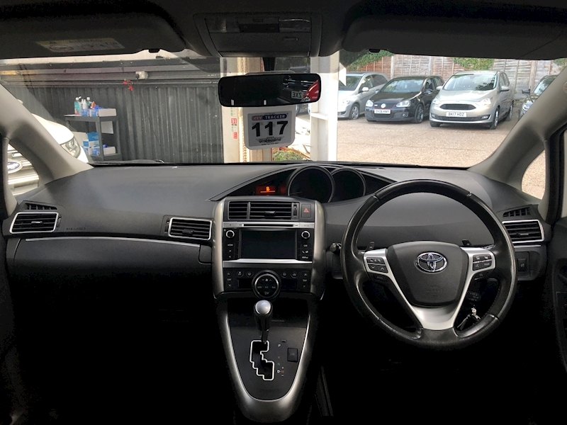 Toyota Verso Trend Plus - Large 10