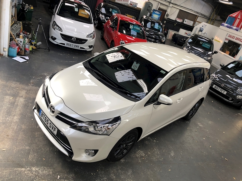 Toyota Verso Trend Plus - Large 49