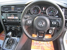 Volkswagen Golf - Thumb 6