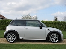 Mini Hatch - Thumb 22