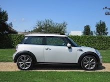 Mini Hatch - Thumb 24