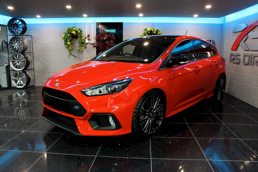 Ford Focus RS Red Edition - Large 10