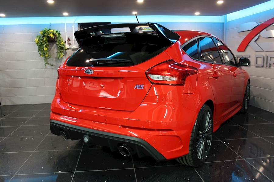 Ford Focus RS Red Edition - Large 22