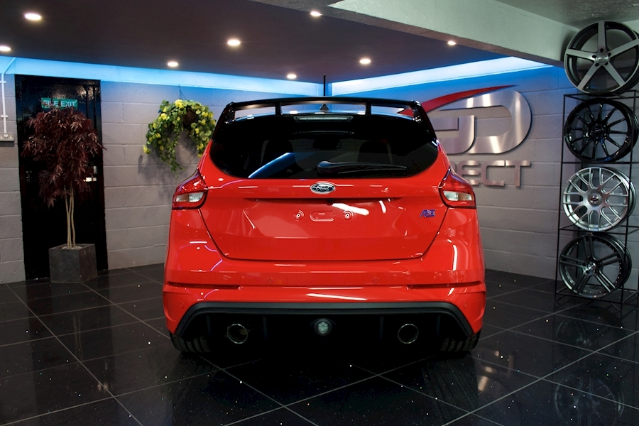 Ford Focus RS Red Edition - Large 26